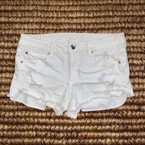 AE Super Super Stretch White Denim Shorts
